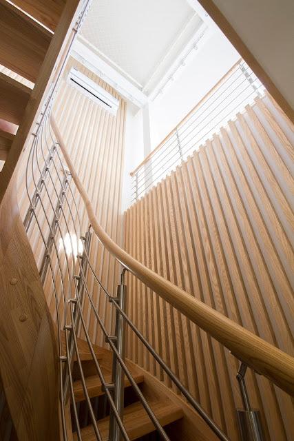 staircase handrail design wood