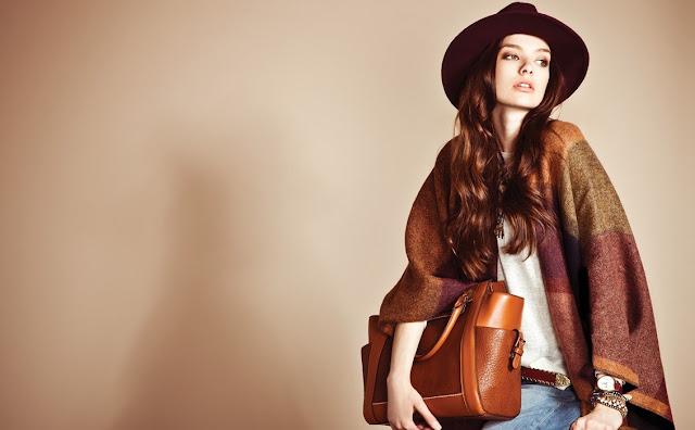 The Secret Style Weapon for Women: Versatile Handbags