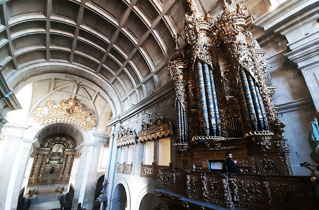 igreja e órgão ibérico
