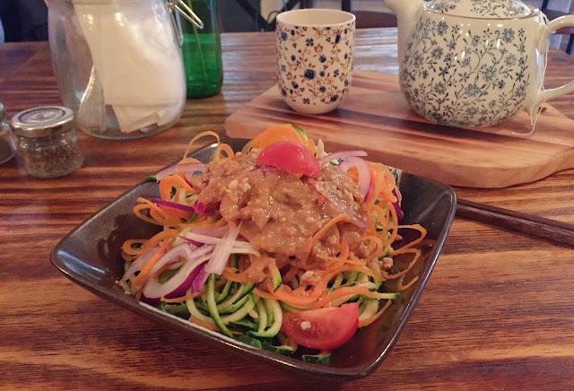 Meet & Treat Newcastle zoodle salad