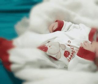 خطة للتعامل مع طفلك الجديد تحبب طفلك الاول فيه