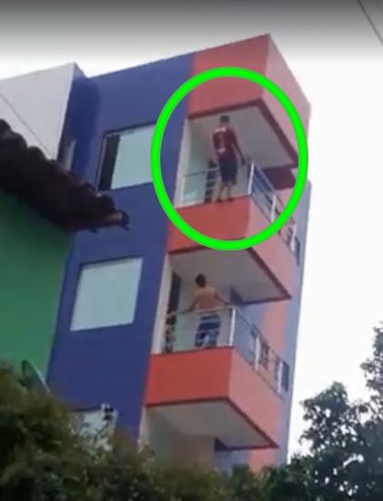 SOBRAL: Jovem tenta pular de prédio no bairro Dom Expedito;Vídeo