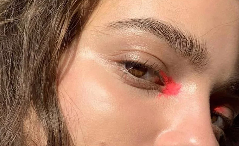 """""""Clean Color"""" Is the Makeup Trend You Need to Try in 2020"""