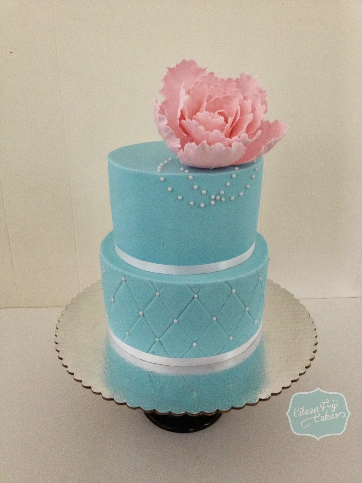 Eileen Fry Cakes Tiffany Blue Color Cake With A Pink Peony