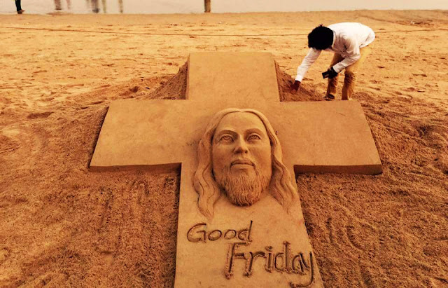 Good Friday 2016 — Jesus Christ Sand Sculpture by Sudarsan Pattnaik at Puri Sea Beach My Sand Art on ‪#‎GoodFriday‬ .Prayers may bring ‪#‎Peace‬ & ‪#‎humanity‬ among all. at ‪#‎puribeach‬ , Odisha india