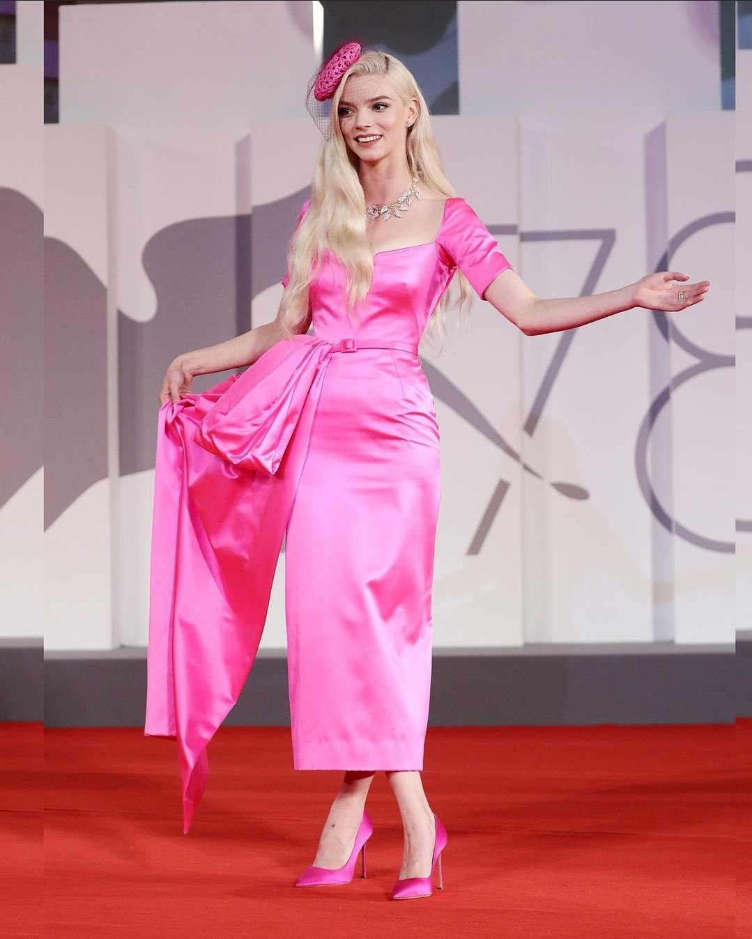 anya taylor-joy looking gorgeous wearing dior haute couture at the last night in soho premiere