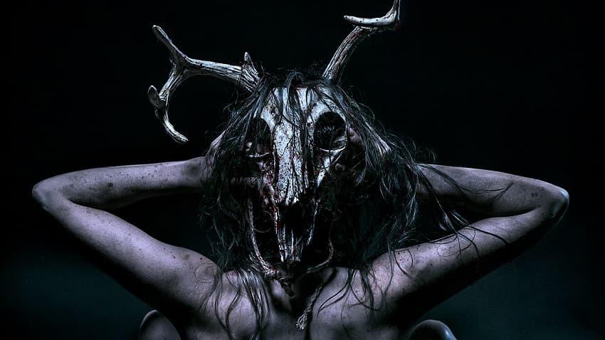 Рецензия на фильм «Первая ведьма» - Зло притаилось в мёртвом олене