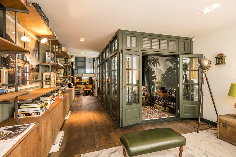 Decordemon Former Garage In Amsterdam Transformed Into An