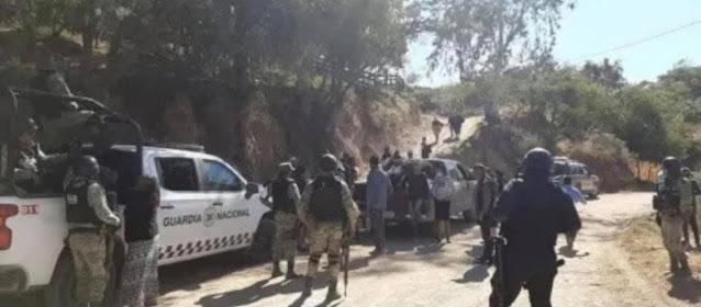 Guardia Nacional y Estatales quien iban en convoy es emboscada desde alrededores de Los Pozos  por Sicarios en Choix, Sinaloa