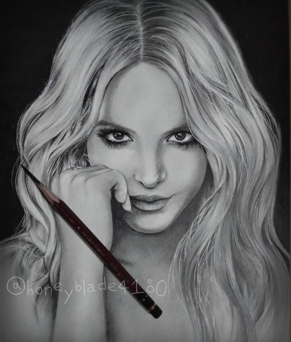 13-Britney-Spears-YU Pencil-Portrait-Drawings-of-Celebrities-and-Non-www-designstack-co