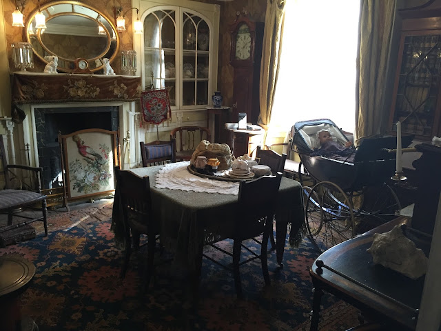 inside a 1900 town house in Beamish