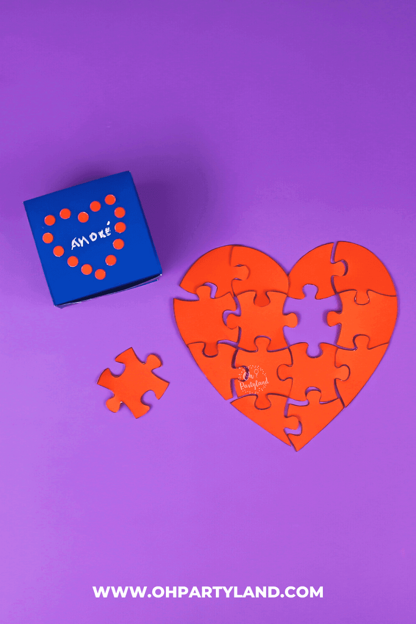 Valentine's Day Heart Jigsaw Puzzle Card - Free printable template