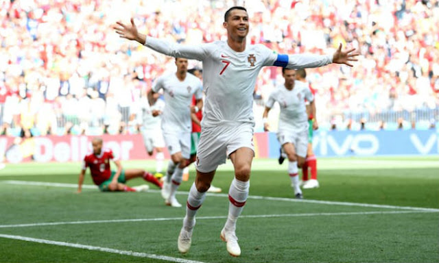 """Video Bồ Đào Nha - Morocco: Ronaldo rực sáng, """"người nhện"""" siêu đẳng (World Cup 2018) 1"""
