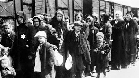 Iohannis: Az erdélyi zsidóság megsemmisítése népirtás volt