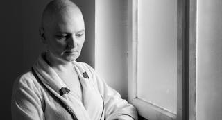 Σε όσους παλεύουν με τον καρκίνο: Μην καταπίνετε αμάσητο ότι σας πουλάνε...
