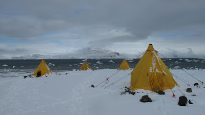 Scientific expedition to Antarctica will search for dinosaurs and more