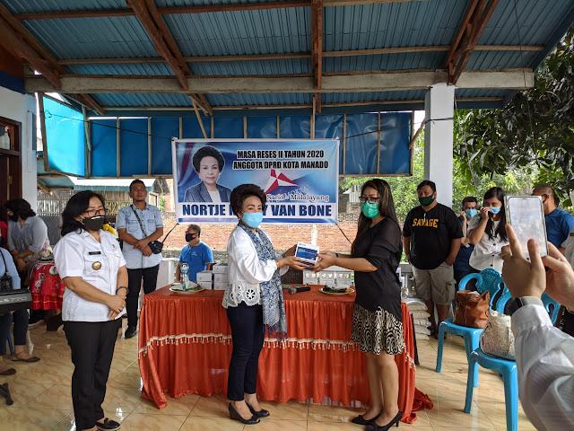 Sumbang alat Rapid test dan Serap aspirasi Masyarakat , Van Bone Gelar Reses di Malalayang Satu Timur