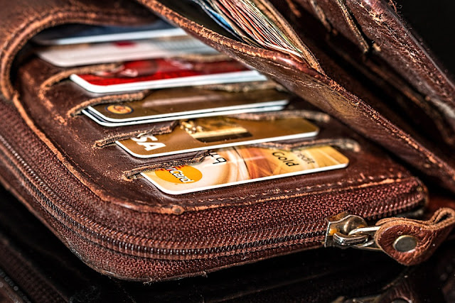 credit card cash money