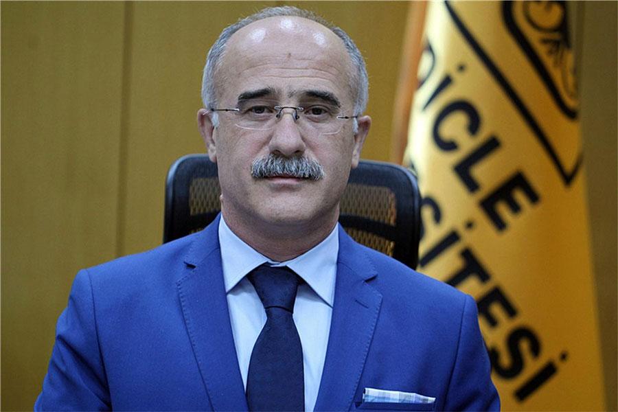 Dicle Üniversitesi Hastaneleri Başhekimi Prof. Dr. Ali Kemal Kadiroğlu görevden alındı