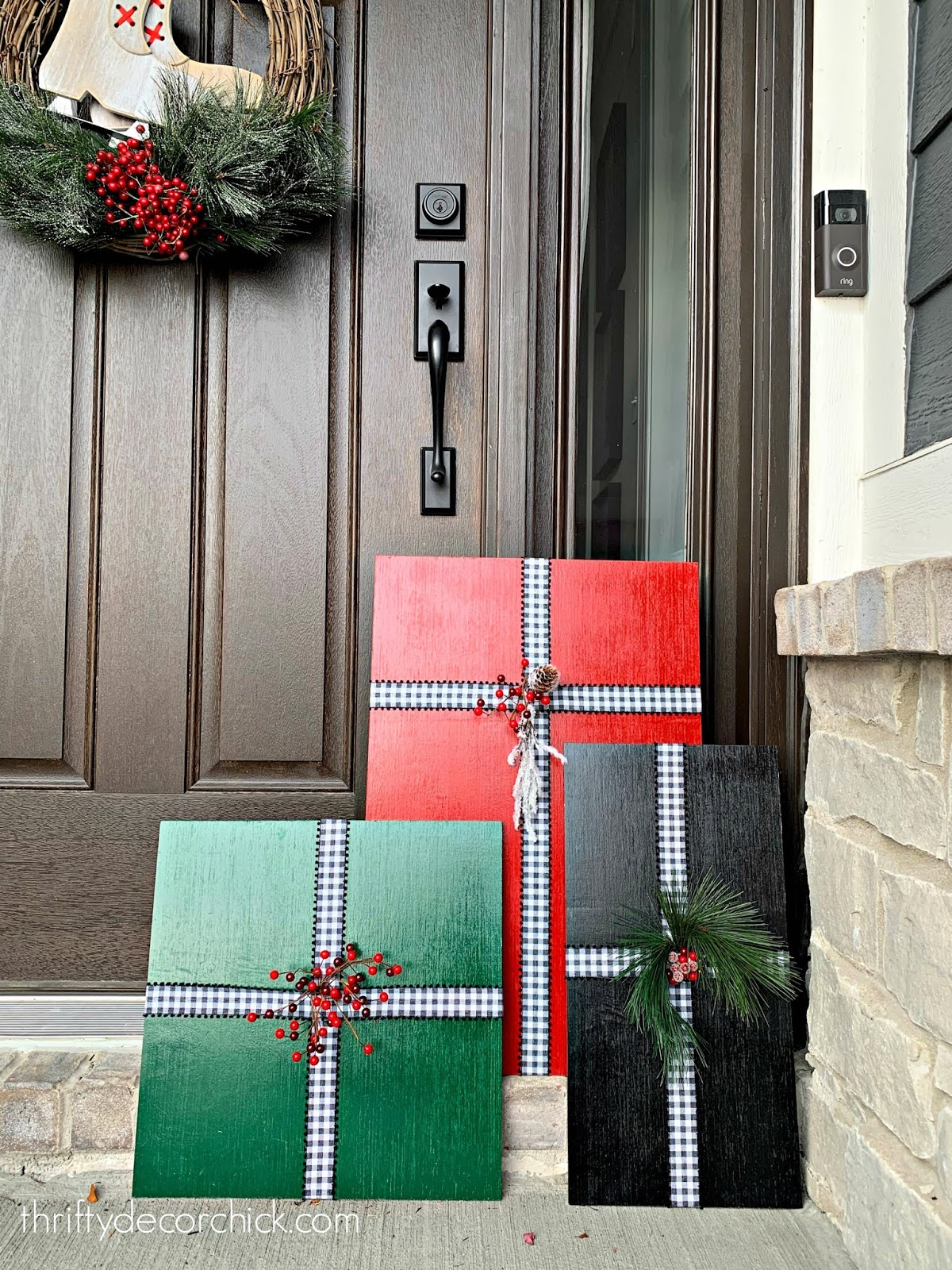 How to make large Christmas package art for the porch