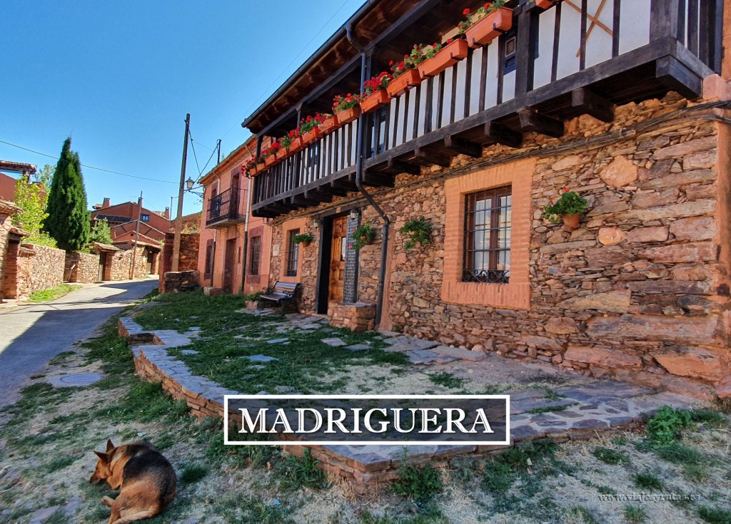 Qué ver en Madriguera, un pueblo rojo de Segovia