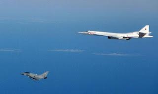 Caças dos EUA interceptam bombardeiros russos em espaço aéreo internacional próximo ao Alaska