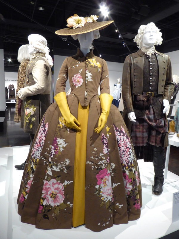Claire Fraser Outlander season 2 Paris costume