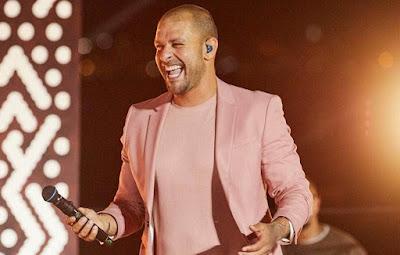 Diogo Nogueira interpreta seus sucessos na tela da Band. Crédito: Divulgação/Instagram Oficial