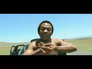 (Official Video): Body Gloye – Be Ya Choice Ft Praise Q