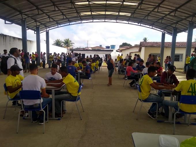 Com Torneio de Dominó, CEPES comemora o dia dos Estudantes