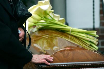 Resultado de imagem para culto funebre