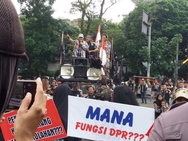 GMBI Tuntut DPRD Jabar  Menggunakan Hak Interplasi Terhadap Gubernur