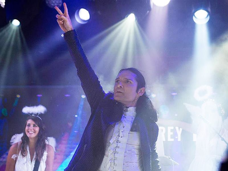 "Corey Feldman has not possessed the capacity to get up after his execution of his new tune ""Go 4 It"" on the Today indicate Friday became famous online."