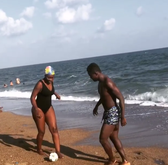 Omega Inkoom sizzles in new beach photos