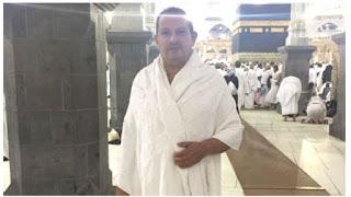 Mendapat Hidayah, Duta Besar Inggris Ini Masuk Islam dan Melaksanakan Ibadah Haji