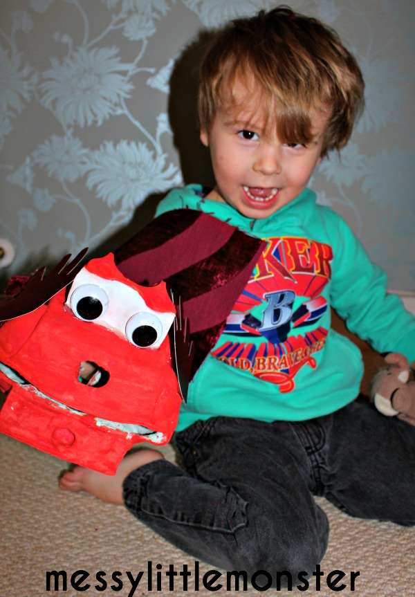 dragon puppet craft for kids.  Chinese new year activity for toddlers and preschoolers, eyfs