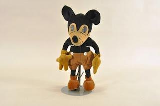 Gambar Boneka Mickey Mouse Lucu 2