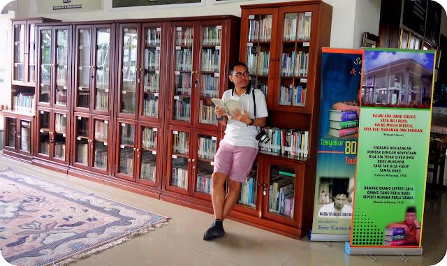 Rumah+Puisi+Sumatera+Barat