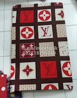 Kasur inoac motif kotak-kotak merah putih inoactasik