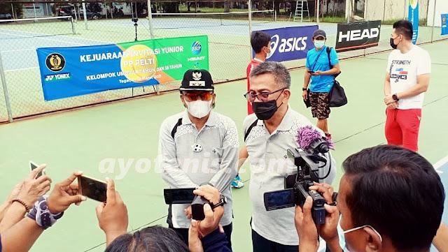 Buka Kejuaraan Invitasi Tenis Yunior, Ketum PP PELTI Ingatkan Penerapan Protokol Kesehatan