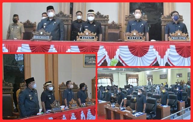 Bupati Lamtim Sampaikan RPJMD pada Rapat Paripurna DPRD Penyampaian KUPA dan PPAS