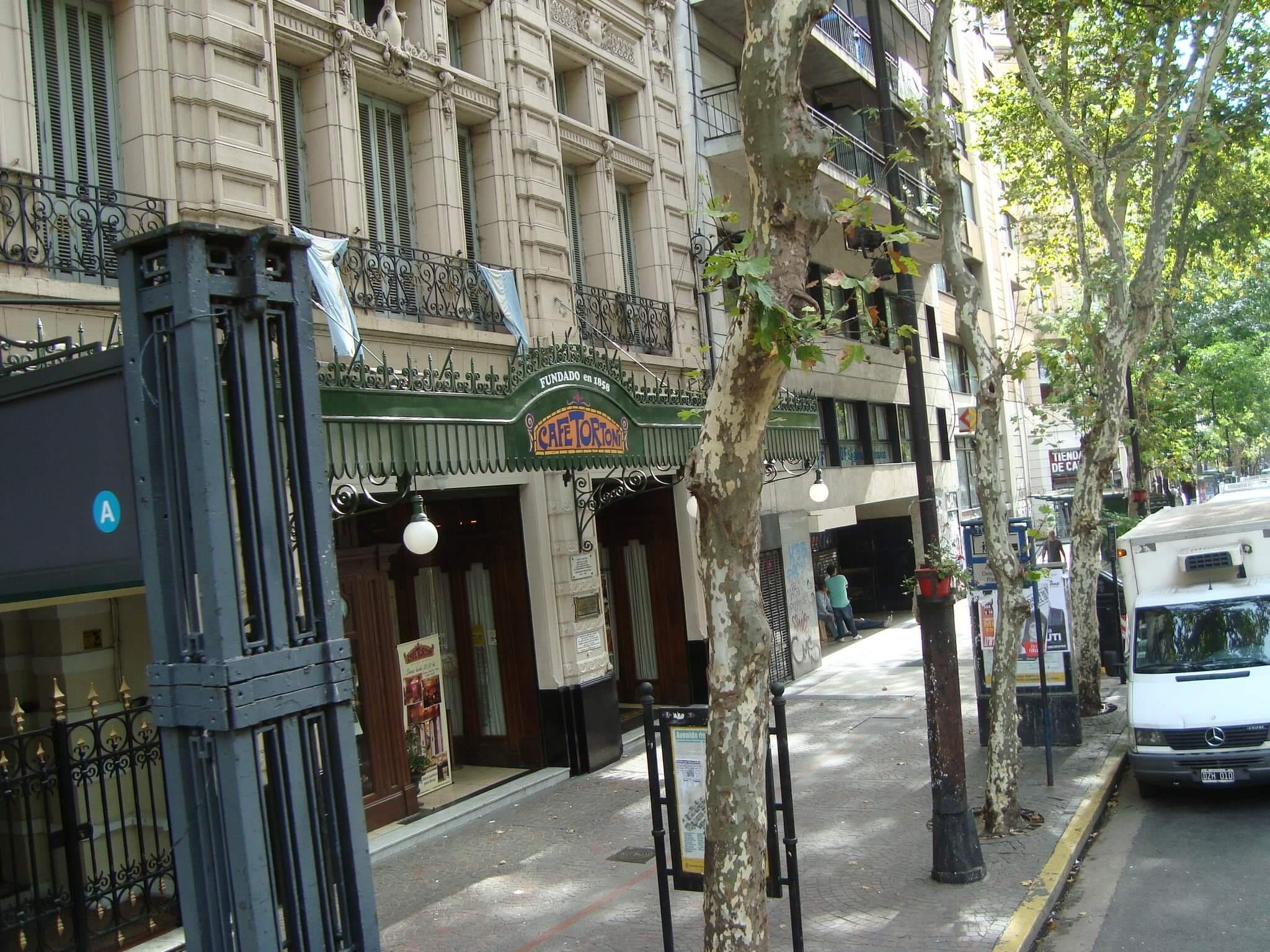 Café Tortoni - um clássico em Buenos Aires