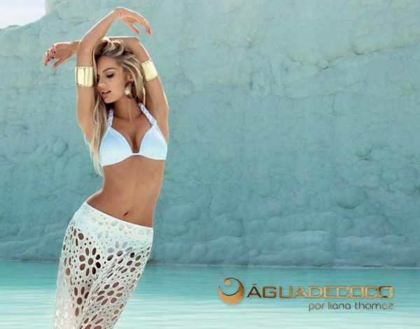 be51d626c22be HOT Ad Campaign: Candice Swanepoel for Agua de Coco
