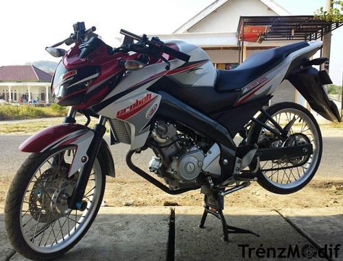 Gambar Modifikasi Motor Yamaha New Vixion Velg Jari Jari