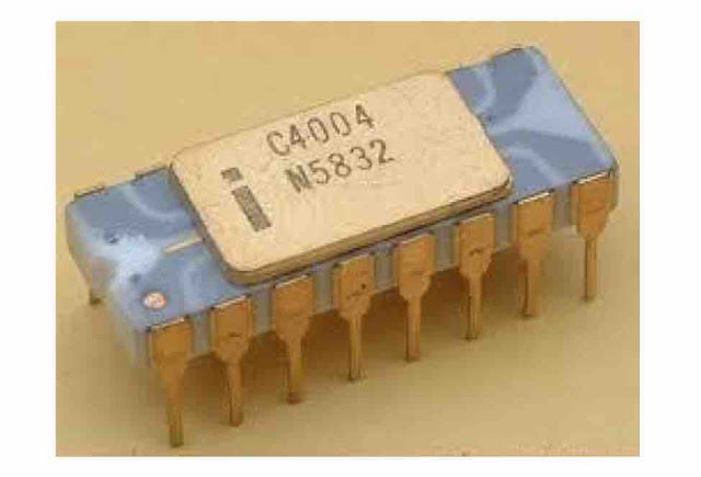 1971: 4004 Mikroprosesor