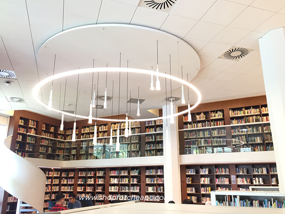 perpustakaan erasmus huis jakarta