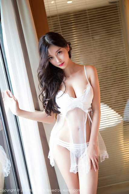 Hot and sexy booty photos of beautiful busty asian hottie chick Chinese model Yang Chen Chen photo highlights on Pinays Finest Sexy Nude Photo Collection site.