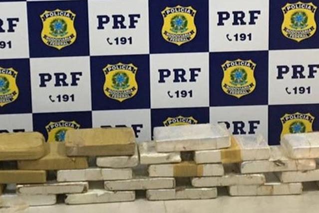 Tabletes de cocaína foram apreendidos durante fiscalização em Ji-Paraná