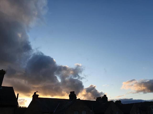 blue-sky-sun-set