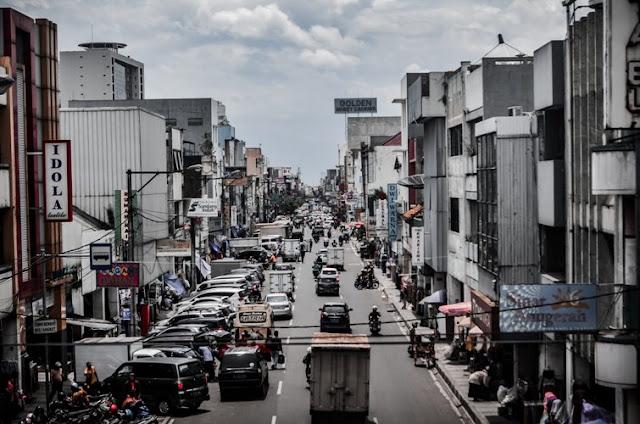 Jalan-jalan di Jalan Braga Bandung 1